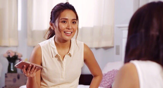 RT @tardificent: Kathryn, you're too cute! 😭💛  #LaLunaSangreSignos https://t.co/47uhUew7dw