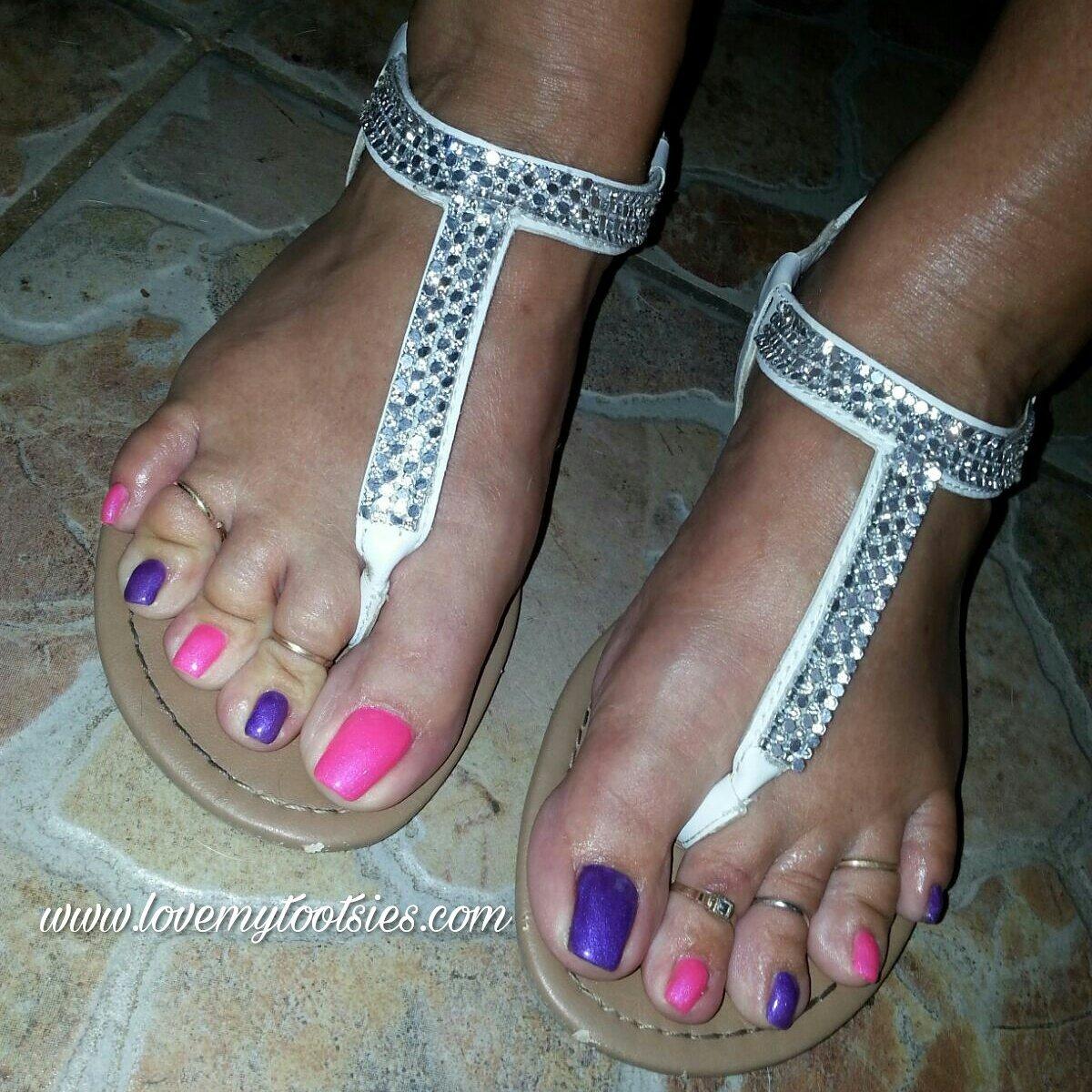 Fresh #pedicure 😆 #softsoles #footmodel #vafeet #vafootbabe #sexyfeet #feetworld #footfetishnation #maturefeet #teamprettyfeet #footporn https://t.co/NgsUsbxO8r