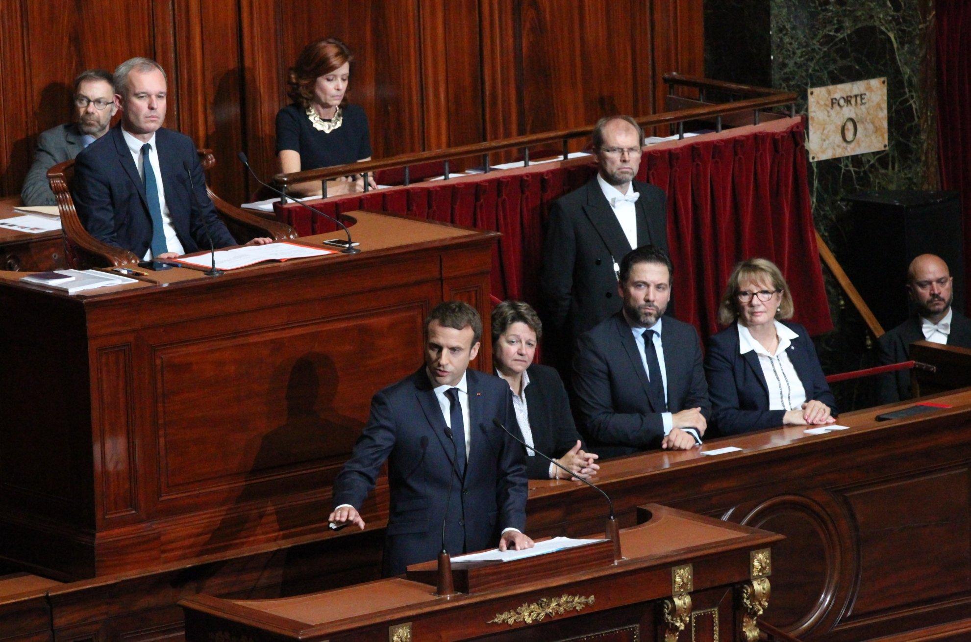 Le peuple français nous a fait connaitre ses volontés, et nous en serons les serviteurs. https://t.co/u7R75wmc0e