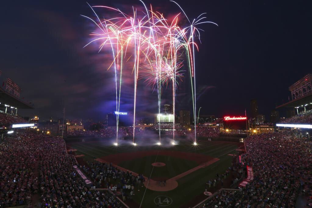 Looking forward to #4thofJuly at Wrigley! @FirestoneAuto getting fans home safe! https://t.co/Tu8Kv7rAtT #ad https://t.co/dslFIDGO81