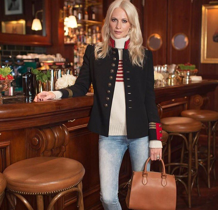.@DelevingnePoppy hosts afternoon tea at Ralph's Coffee & Bar in London to celebrate #Wimbledon. #RLIconicStyle https://t.co/kS9HLbHuBm
