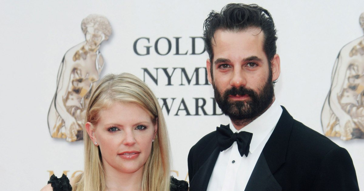 Natalie Maines Files for Divorce from Adrian Pasdar: Report