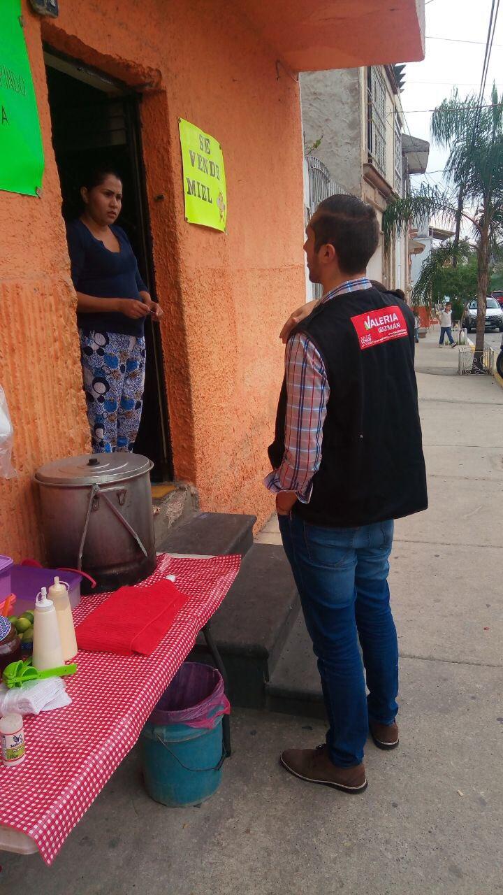 #CasaXCasa en El Batan. Llevando la oficina a tu casa ��������♀️ @AristotelesSD https://t.co/3WUroMtfMY