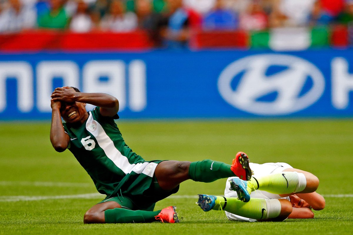 FIFA concussion guidelines weren't followed in 60% of head collisions at the 2014 World Cup