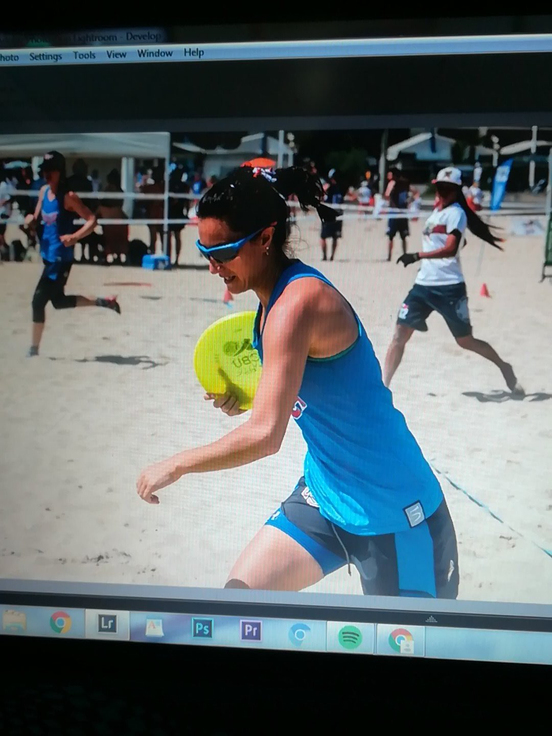 Oh you know... still here. Working. How&#039;s your day been?   #Ultimate #WCBU2017 #Photography #Sportsphotography https://t.co/99Zk8ofw1e <a href='https://twitter.com/donlaczi/status/882162178882588672/photo/1' target='_blank'>See original &raquo;</a>