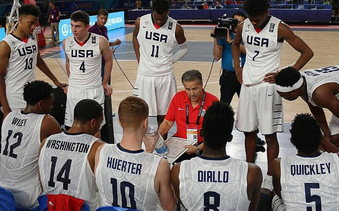 Calipari's USA squad wins group with 98-65 rout of Italy