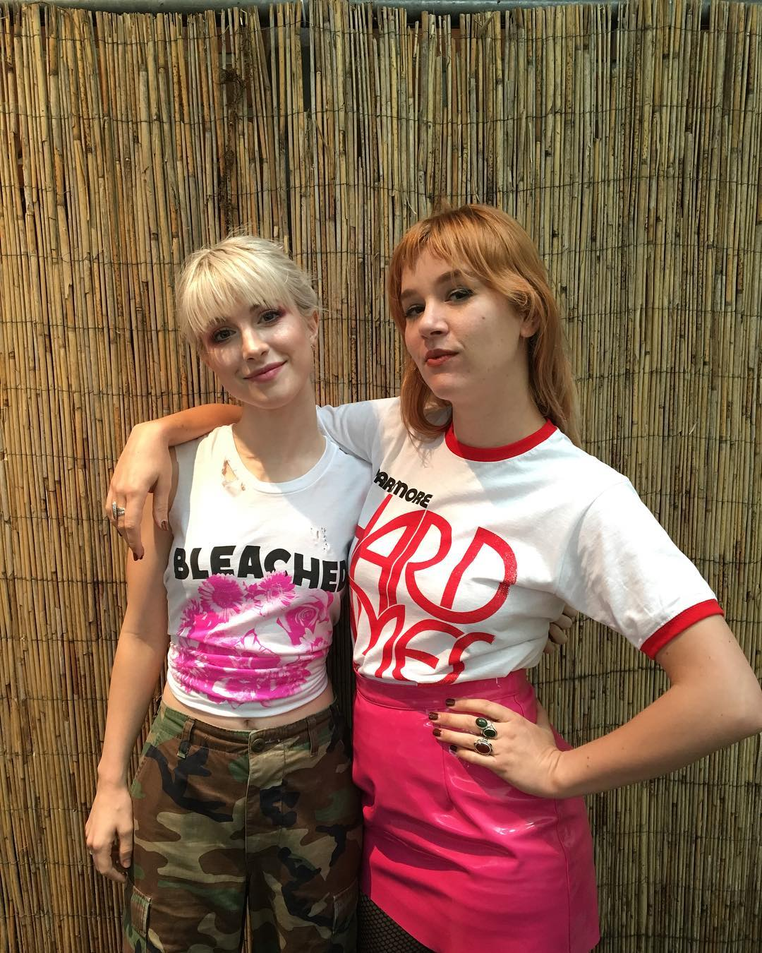 hayley & jen in Hamburg. we miss @hellobleached already! ��: @zacfarro https://t.co/h6KbkqqVay