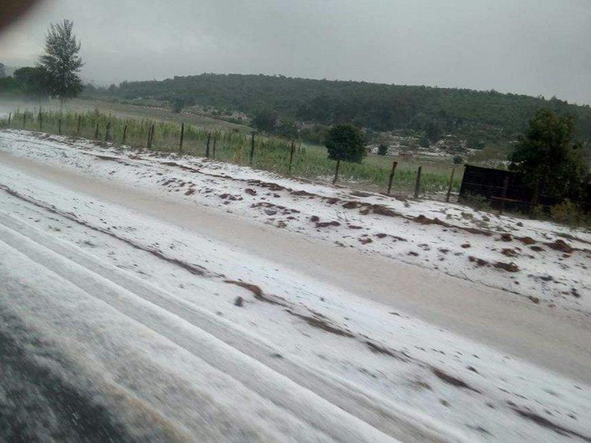 [PHOTO] Residents abuzz after snowfall in Nyahururu