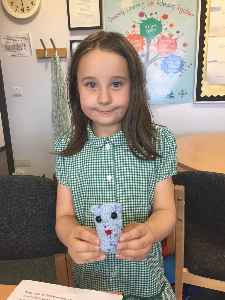 A huge thank you to Winnie for teaching the children to knit at Strathmore #lifeskills #grandparentsAspartners https://t.co/d4Ge16TsWd