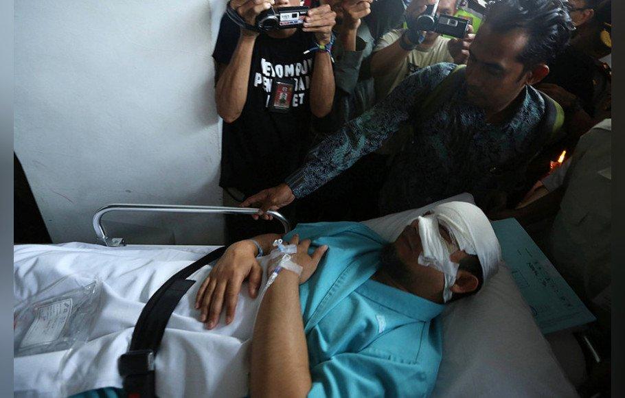 Polisi Periksa Novel Setelah Lebaran https://t.co/oSodkJkoFH https://t.co/zZLumBPbAg
