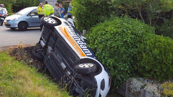 DeLier Oudecampsweg. Auto in de greppel. Bestuurder aangehouden en richting politiebureau. Geen gewonden. https://t.co/85qIQt1vjq