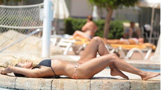 Move over Disha Patani, Shibani Dandekar looks smoking hot in a bikini!
