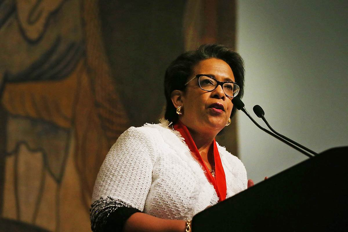 Senate investigating Loretta Lynch's conduct in Clinton email probe