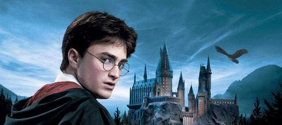 El fenómeno de masas Harry Potter cumple 20 años ¿recuerdas cómo empezó? #HarryPotter20