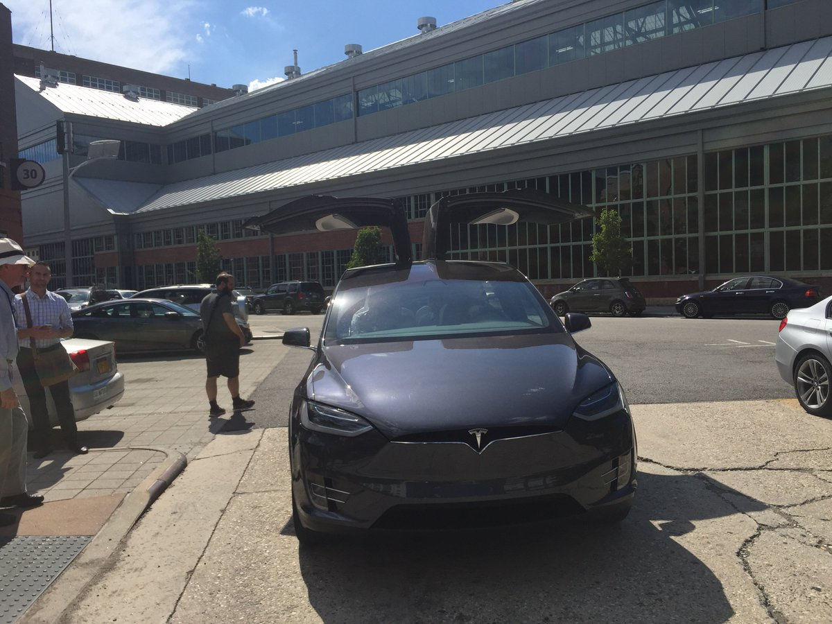 test Twitter Media - 7 - Our attendees love the discussions but also enjoy having fun. Thank you @TeslaMotors for the test-drives! https://t.co/a9JTr6HDfE