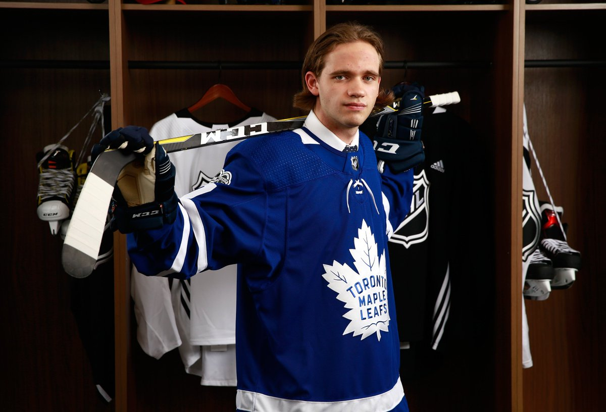 Time for your portrait, @Timmeliljegren. #TMLtalk #NHLDraft