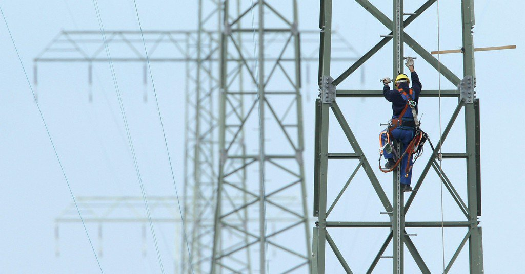 Was Russian hacking of Ukraine's power grid a test run for U.S. attack?