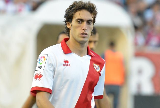 Raúl Baena (Rayo Vallecano). Pivote defensivo de 28 años. https://t.co/uSa7l6udK2