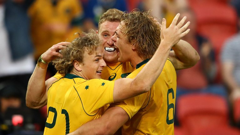 test Twitter Media - Australia scored two late tries as they survived a fightback from Italy to win 40-27 in Brisbane: https://t.co/odxxJl2qeI https://t.co/Mxnzme0Tp6