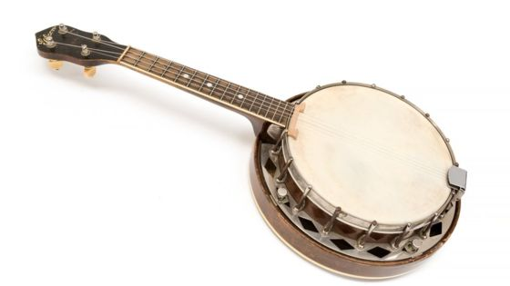 George Formby's banjo ukulele to be sold at auction
