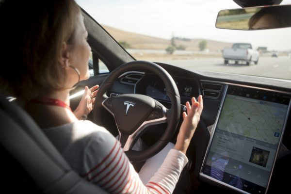 test Twitter Media - Seat adjustments still manual, as Tesla shuffles Autopilot execs https://t.co/rjq7Y9wxQq  #selfdriving #IoT #News https://t.co/IZpROzPyVD