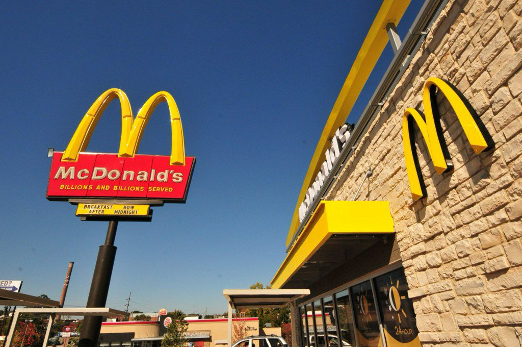 Kind act spreads to 167 drivers at Indiana McDonald's