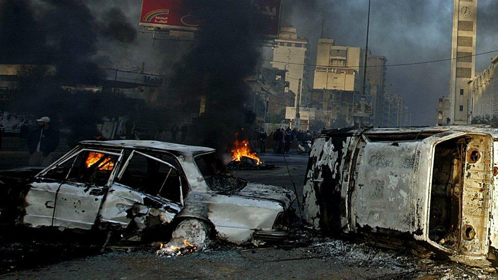 Scores killed in Pakistan oil tanker fire