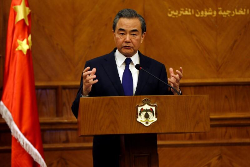 China urges Afghans, Pakistan to form crisis-management mechanism