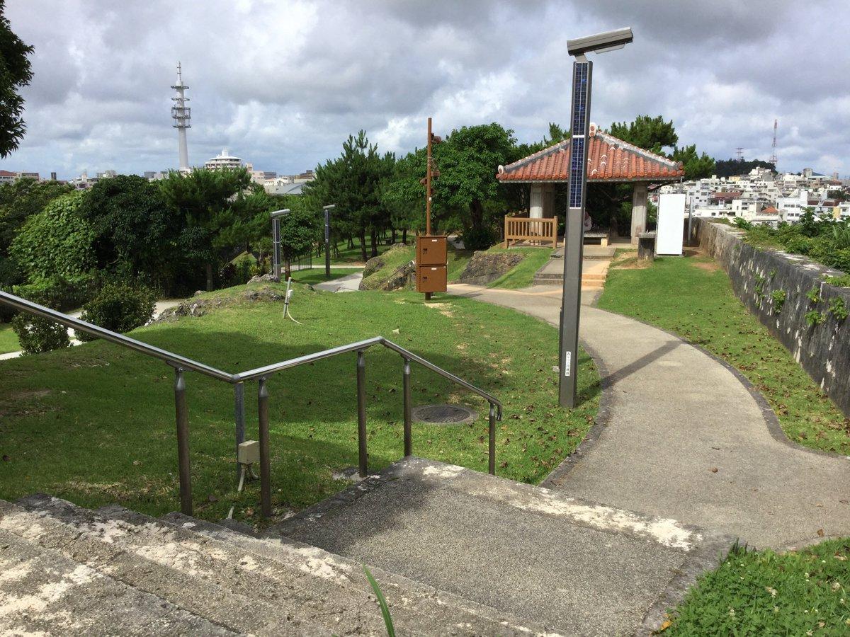 咲-Saki- シノハユ 沖縄探訪。以前、だーはらさんが指摘していた工事案件、見事な監視カメラ(中央茶色の電柱)ができて