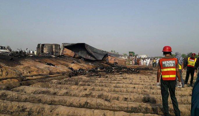 More than 120 killed in Pakistan tanker blast