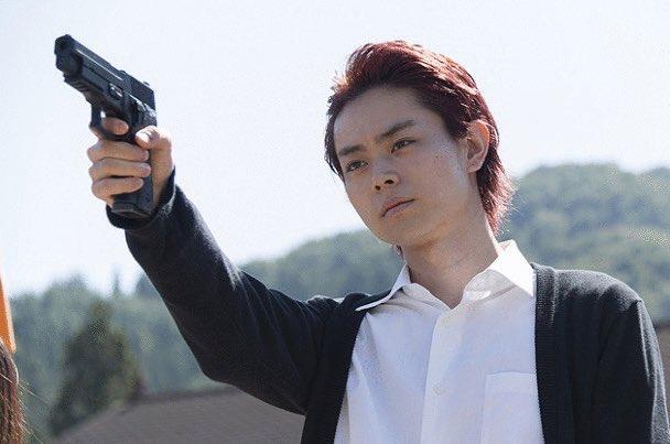 菅田くん目当てに暗殺教室借りてきて見てる😍😍😍😍