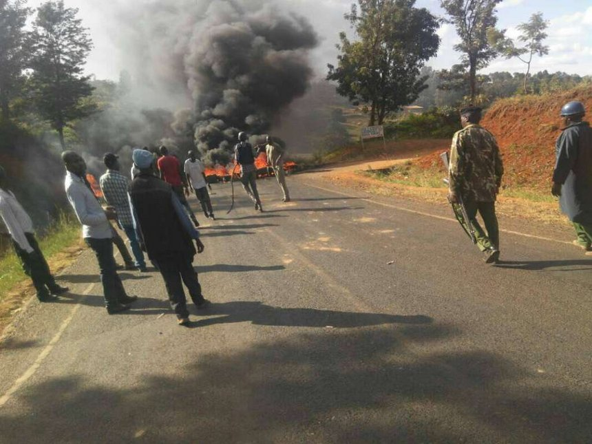 Police use tear gas to disperse rioting youth as Uhuru ends Meru tour