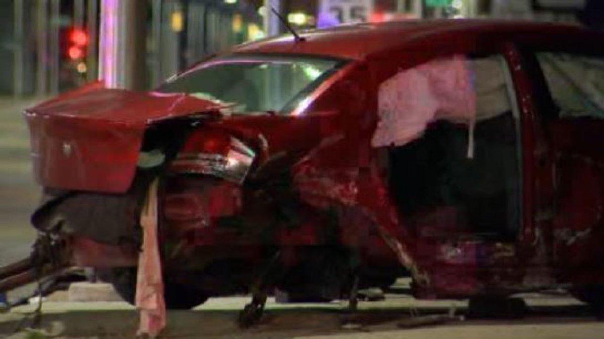 6 hospitalized after multi-vehicle car crash