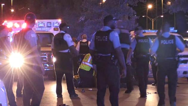 Chicago police officer, woman injured in South Side hit-and-run