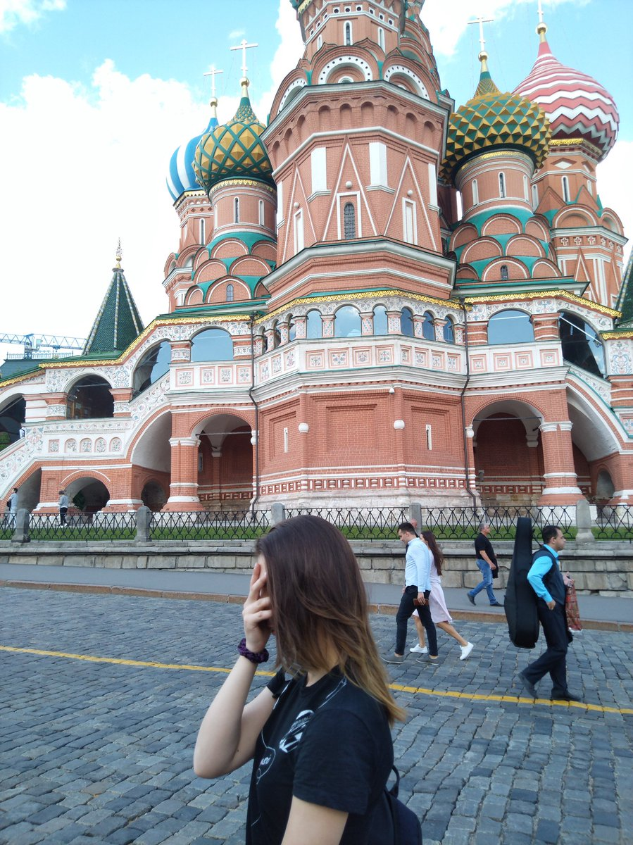 Moscow #theKremlin #RedSquare https://t.co/orJHF0dpJw