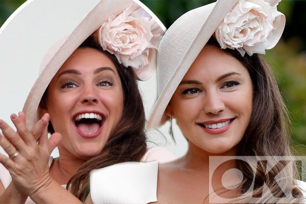 RoyalAscot2017: @IAMKELLYBROOK steals the show in a figure hugging ensemble at the races