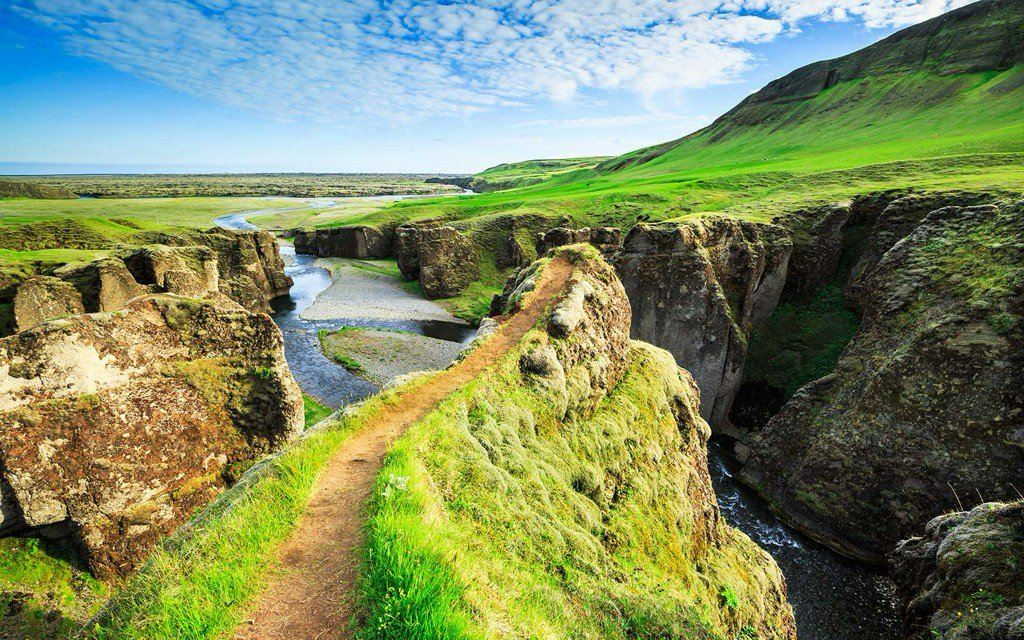 Super Cheap Summer Flights to Iceland Starting at $245 Round-trip