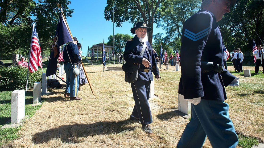 Forgotten Civil War graves rededicated in Sioux City Saturday