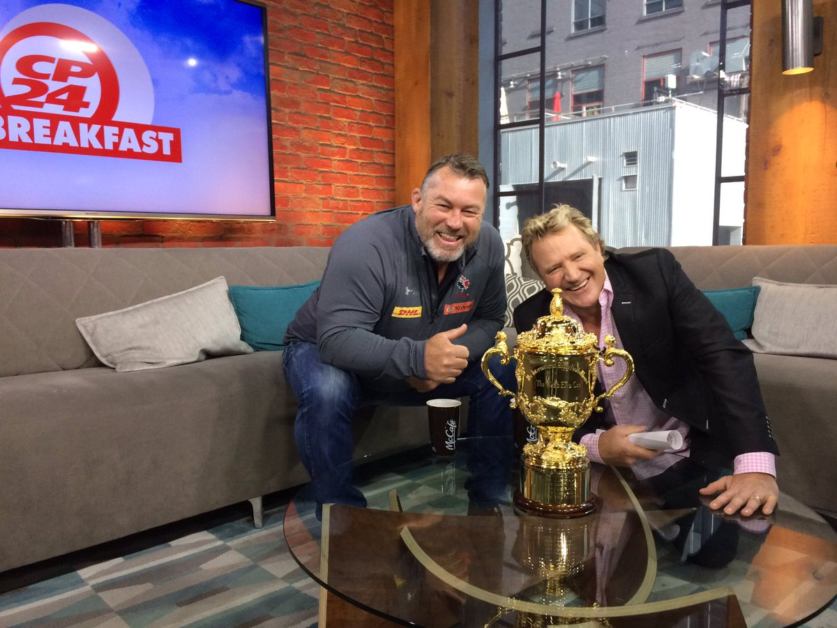test Twitter Media - The Webb Ellis Cup has been spotted all over #Ontario this week for #RWC2019 qualifier. Next stop San Diego! @USARugby 🇺🇸 @RugbyCanada 🇨🇦 https://t.co/aTtasWOd4C