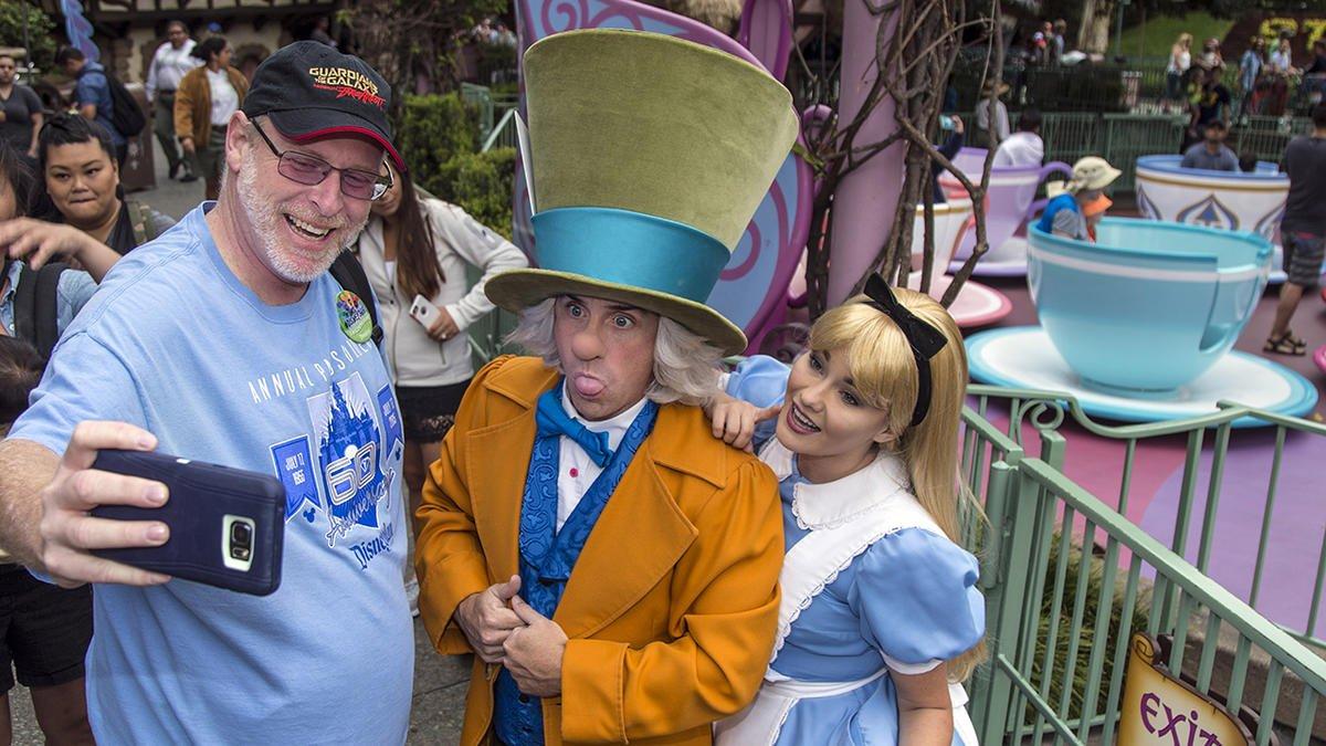 California man marks his 2,000th consecutive visit to Disneyland via @NBCLA