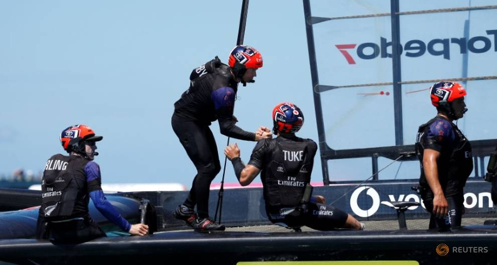 Sailing - New Zealand pedal their way to brink of America's Cup glory