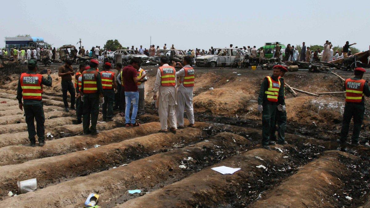 Pakistan raises death toll in deadly fuel truck fire