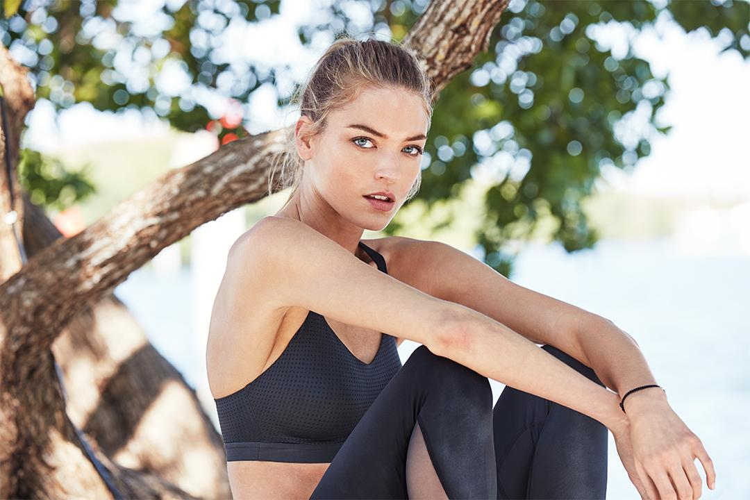 The mesh of the moment, from @VictoriaSport. https://t.co/37fJ5S5cYL https://t.co/x7CYdrU79a