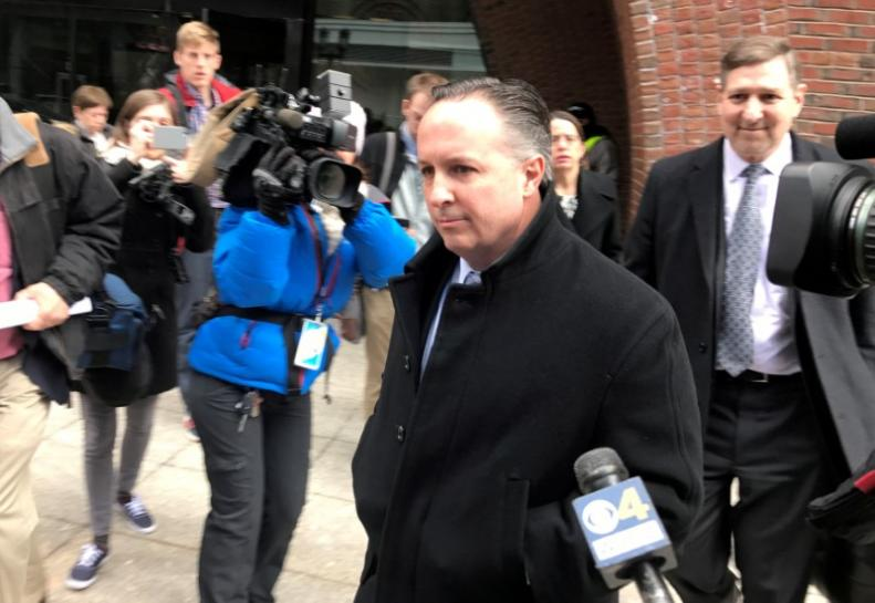Pharmacy executive tied to 2012 U.S. meningitis outbreak to be sentenced