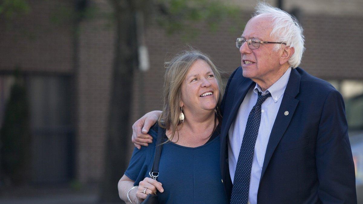 Report: Bernie and Jane Sanders hire lawyers amid FBI probe