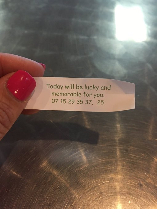 Fuck yeah! #lucky #memorable Yes, I'm eating fortune cookies for breakfast! https://t.co/EPdktJHwiG