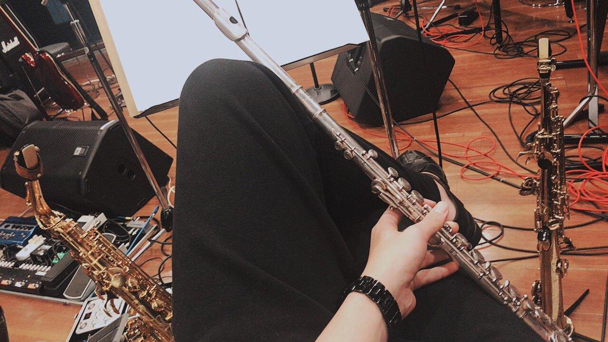 今日は楽器三本仕立てでリハーサルでした!温かくて大好きな現場です^_^今から本番が楽しみだー♪そして、スタミュ特別編なう