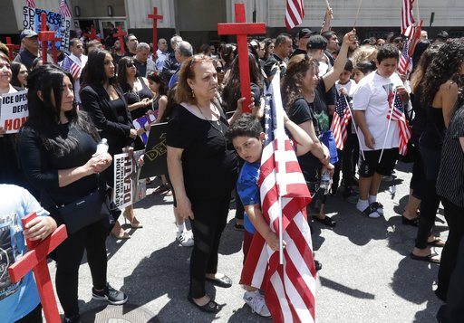 Judge considering national freeze on Iraqi deportations