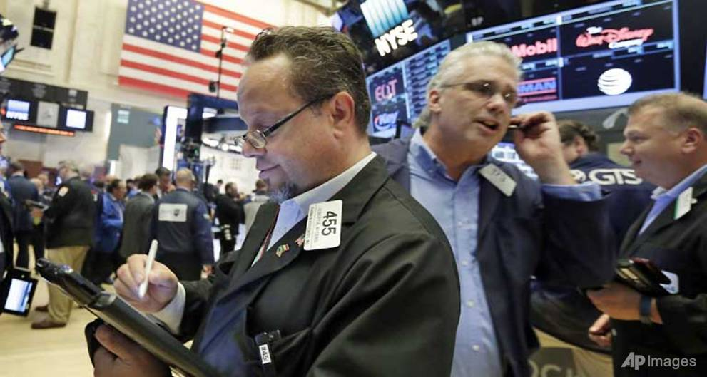 Beaten-down sectors thrive as US stocks end mixed