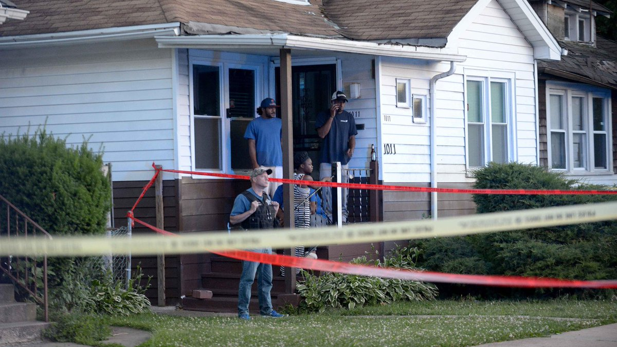 13-year-old boy, 3 others killed, 5 wounded in Chicago shootings